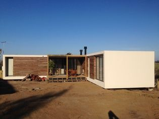 Porcellana Le Camere prefabbricate moderne della struttura d'acciaio, casa del bungalow dell'Uruguay progetta fornitore