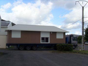 Porcellana Case mobili prefabbricate sopportabili/case mobili su ordinazione di verde per la famiglia distributore