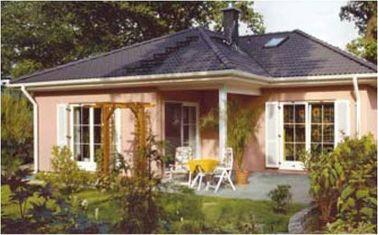 Porcellana Camera prefabbricata d'acciaio dei corredi/bungalow della Camera del calibro leggero per vivere distributore