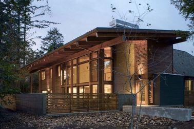 Porcellana Casa prefabbricata del corredo per le case di legno d'acciaio sudamericane e leggere distributore